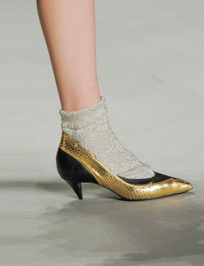 Saint laurent gold-shoes Paris fashion week ss 2014