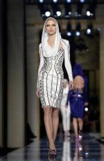 Atelier-Versace-Haute-Couture-Spring-2014-03