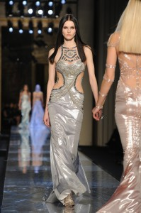 Atelier-Versace-Haute-Couture-Spring-2014 -25