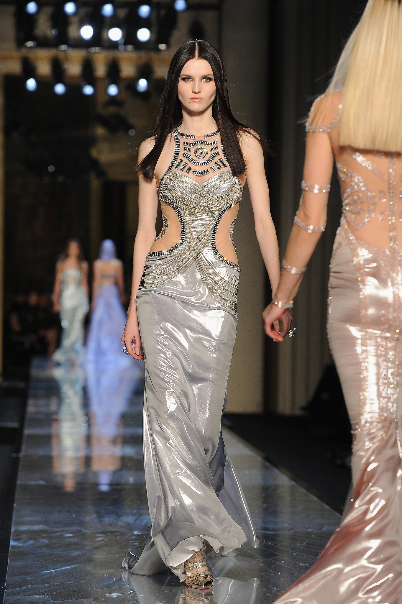 Atelier-Versace-Haute-Couture-Spring-2014 -25