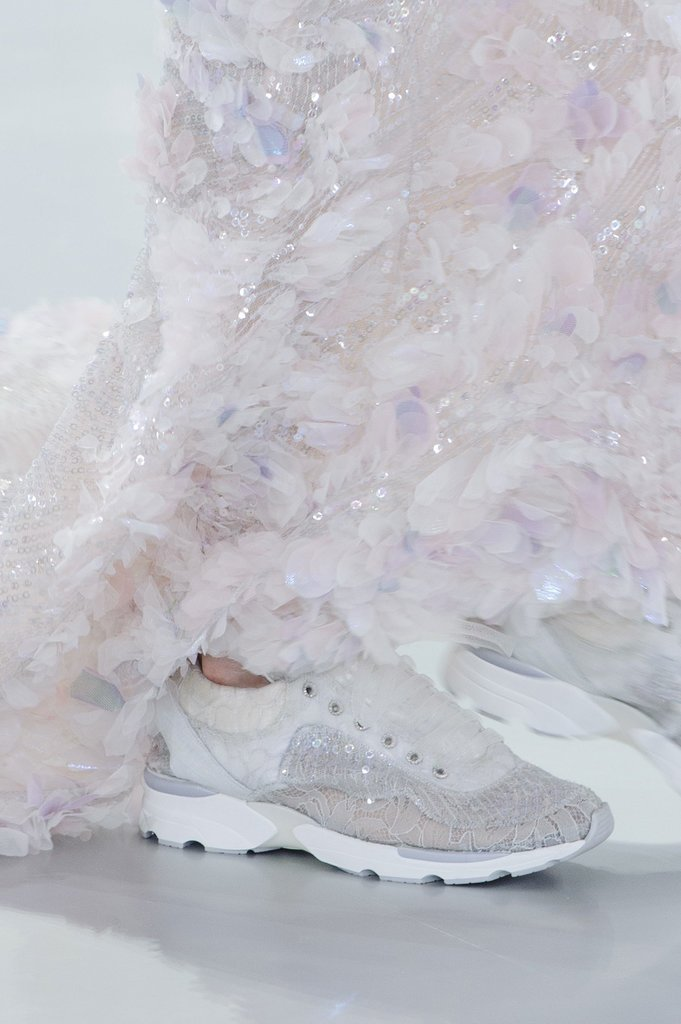 Chanel-Haute-Couture-Spring-2014-08