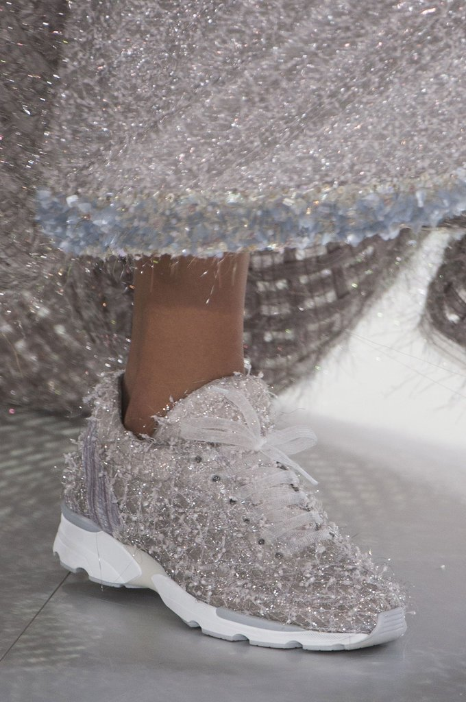 Chanel-Haute-Couture-Spring-2014-11