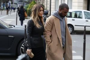 Kim-Kardashian-Kanye-Paris-Chic-09