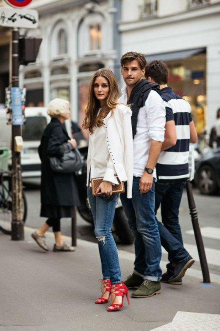 Olivia-Palermo-red-lace-up-sandal-street-style