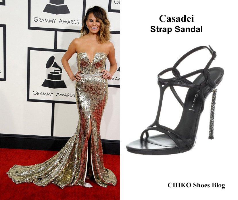 chrissy-teigen-john-legend-grammys-2014-red-carpet-casadei-strap-sandal