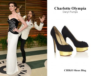 jared-leto-anne-hathaway-at-vanity-fair-oscars-party-Charlotte-Olympia