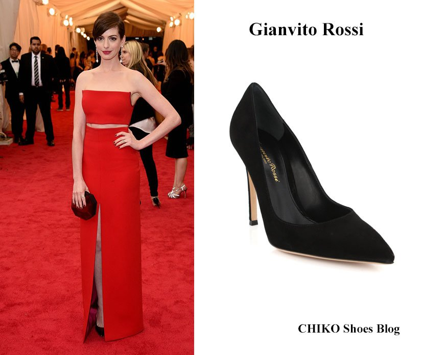 anne-hathaway-met-ball-2014-Gianvito-Rossi