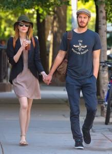 Andrew Garfield & Emma Stone Stroll Hand-In-Hand In New York