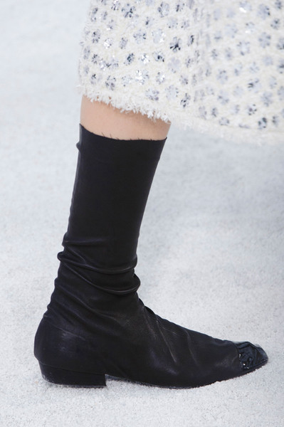 Chanel shoes at haute couture spring 2015 for Haute couture shoes