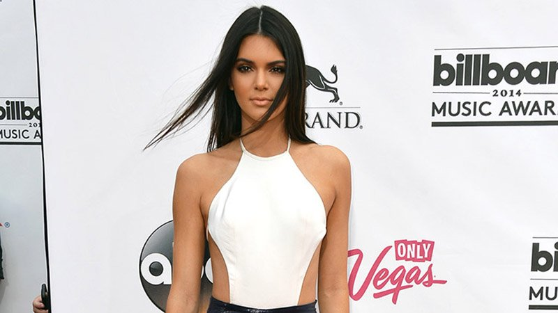 Kendall-Jenner-Made-To-Big-Leagues