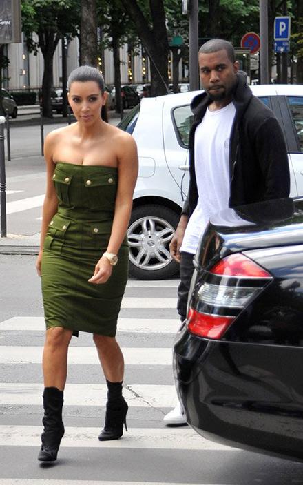 kim-kardashian-style-balmain-ankle-boots (2)