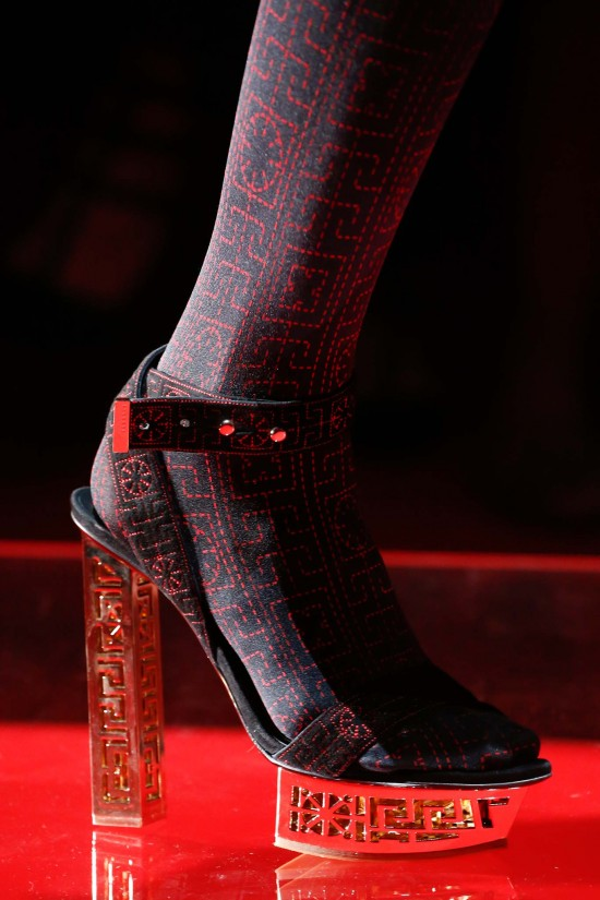 Versace-shoes-milan-fall-2015-chiko-blog
