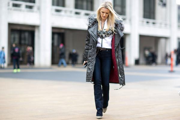 best street styles new york fashion week fall winter 2015 2016. Black Bedroom Furniture Sets. Home Design Ideas