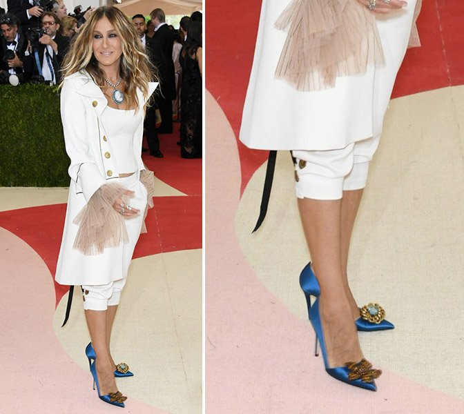 sarah-jessica-parker-andy-cohen-2016-met-gala-02_SJP_shoes--red-carpet-shoes