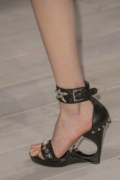 Alexander-McQueen-shoes-Fall-winter-2016-2017-Chiko-Blog