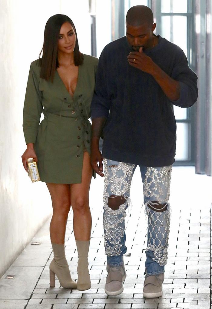 kim-kardashian-sock-boots (3)