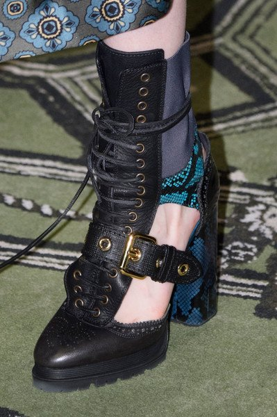 Louis Vuitton Made In France >> Burberry Shoes Fall Winter 2016 At London Fashion Week