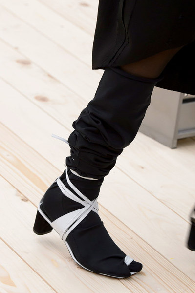 C 233 Line Shoes Spring Summer 2017 At Paris Fashion Week