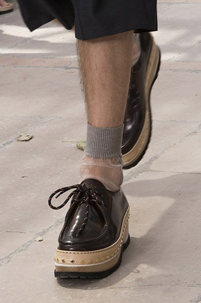 louis vuitton men shoes spring 2018 introduced flatforms for men