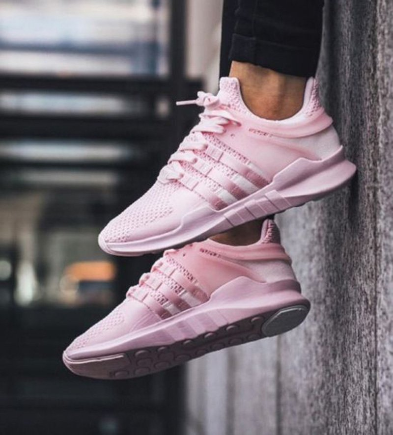 pink shoes trend