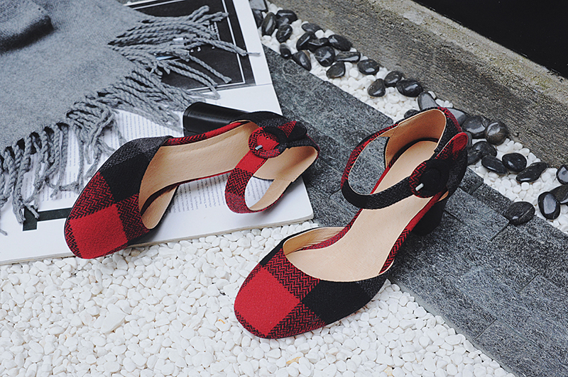 plaid shoe trend