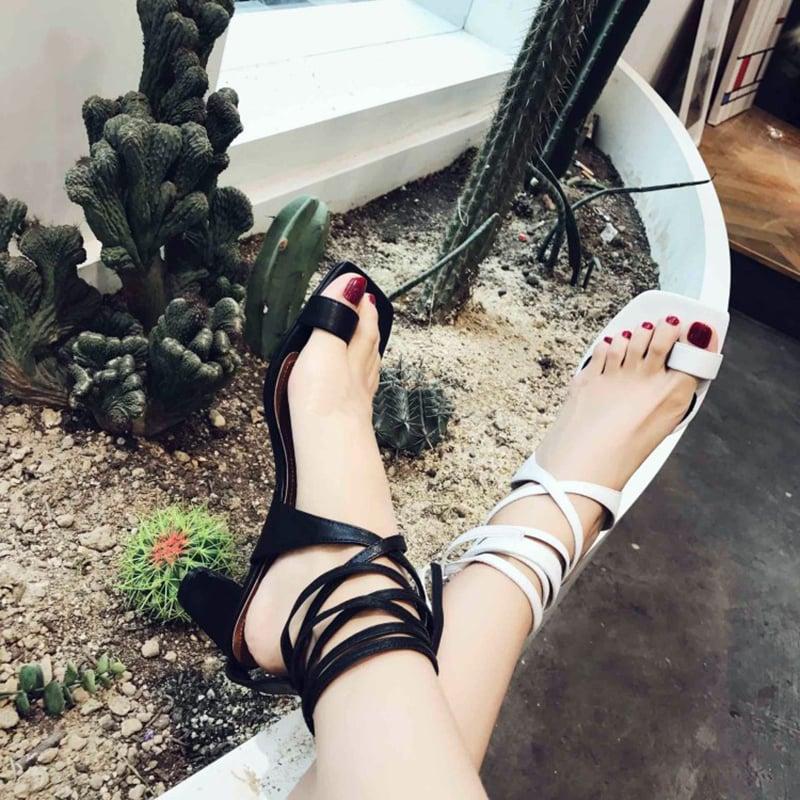 mismatched shoe style