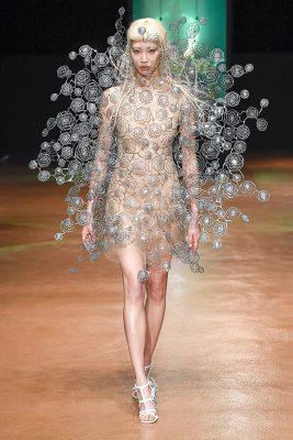 Iris Van Herpen Paris Couture fall 2017