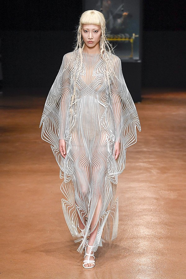 Iris Van Herpen Paris Couture fall 2017
