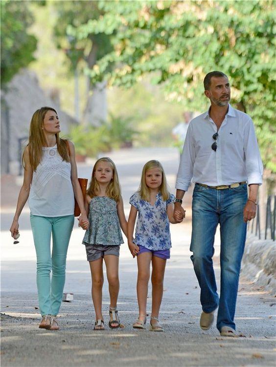 Spanish Queen Letizia best street styles