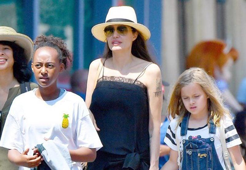 Angelina Jolie Flat Sandals