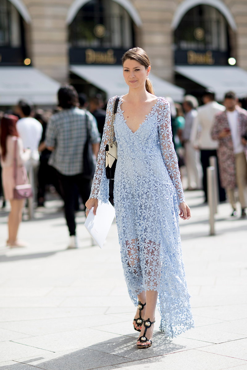 Paris Street Styles At Haute Couture Fall 2017 Fashion
