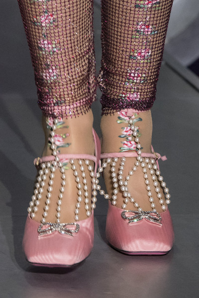 satin shoe trend