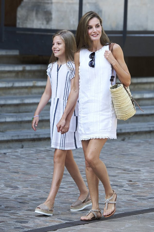 Spanish Queen Letizia Street Style Of Summer Getaway Chiko Shoes