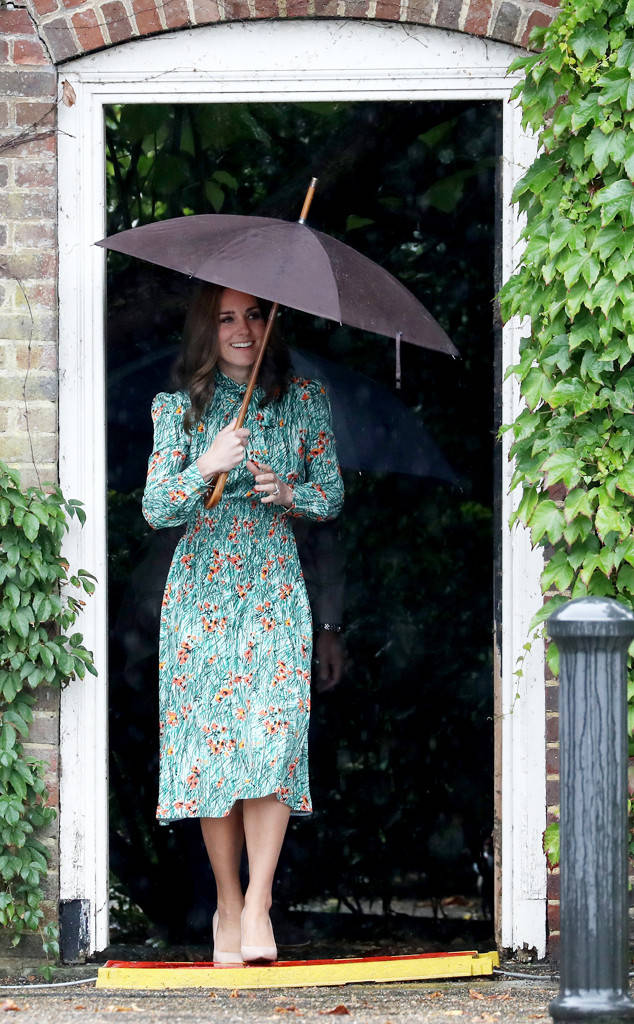 Kate Middleton high heel pumps