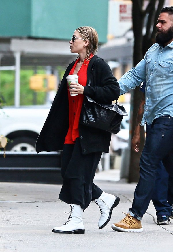 marykate olsen street style got a new twist chiko shoes