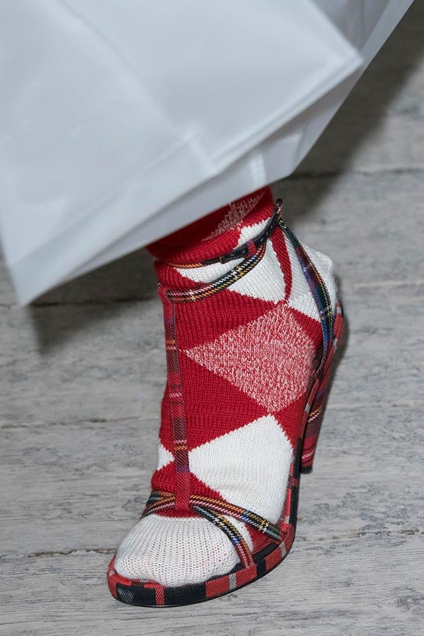 Burberry shoes spring 2018