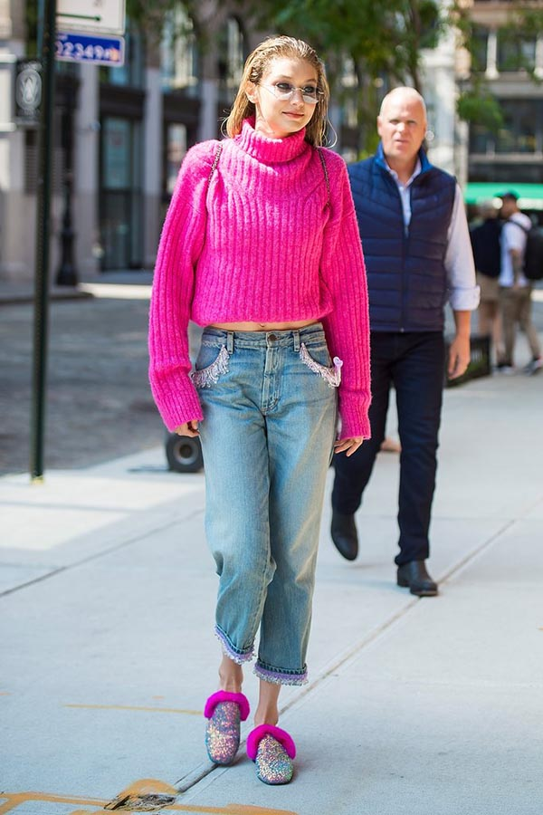 Street Styles At New York Fashion Week Spring 2018