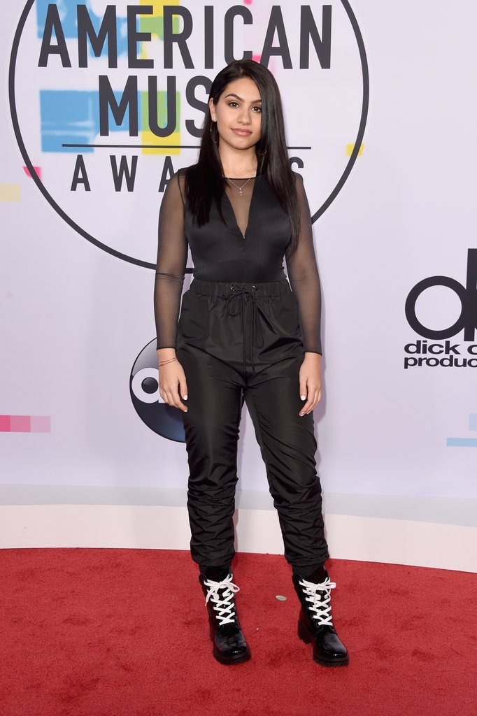 Alessia Cara red carpet shoes at American Music Awards 2017