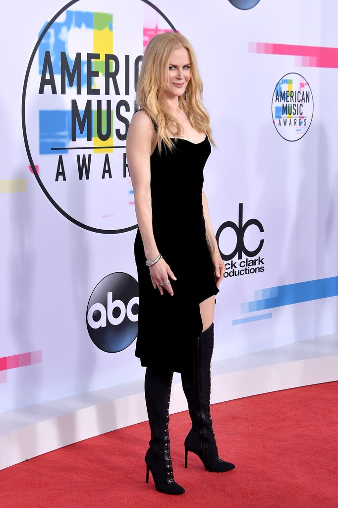 Nicole Kidman red carpet shoes at American Music Awards 2017