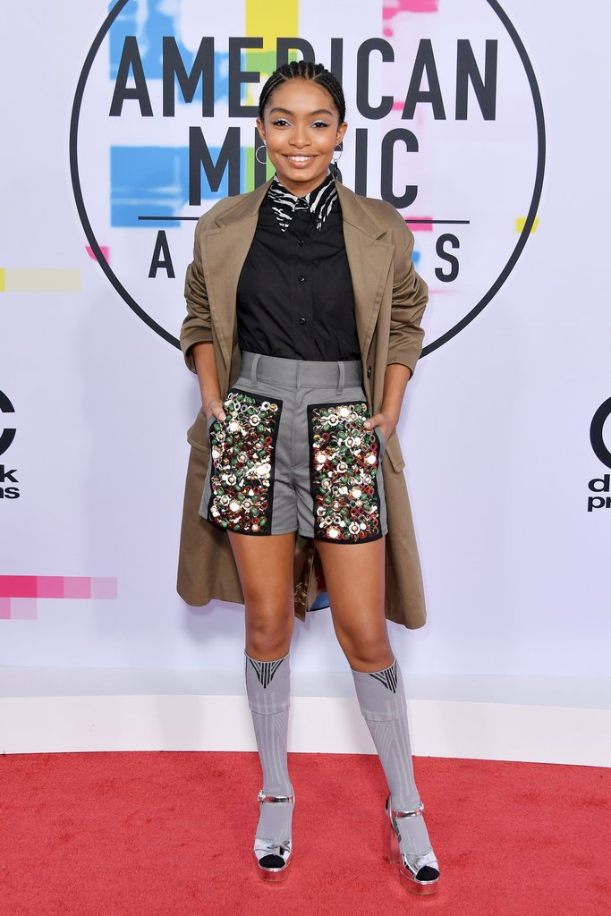 Yara Shahidi red carpet shoes at American Music Awards 2017