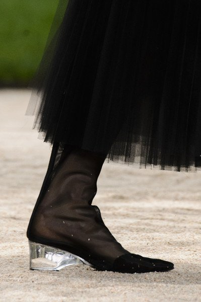 b68513a6e3db3 Chanel shoes haute couture spring 2018