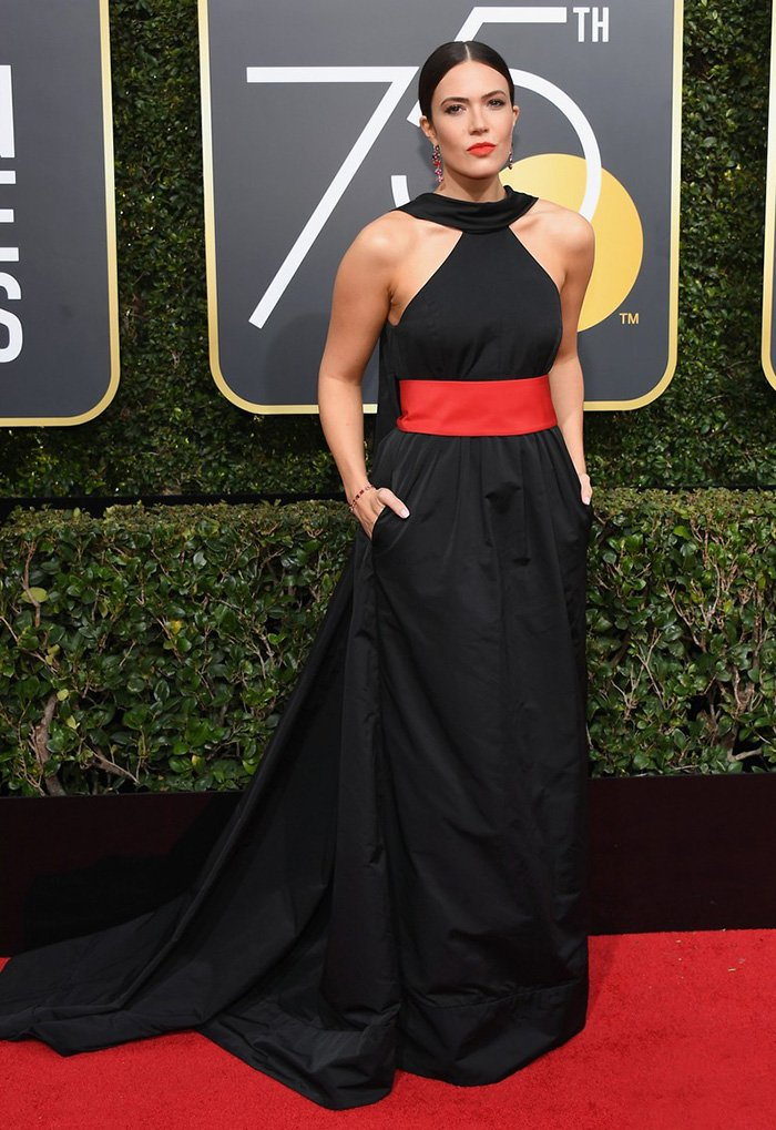 mandy-moore-2018-golden-globes