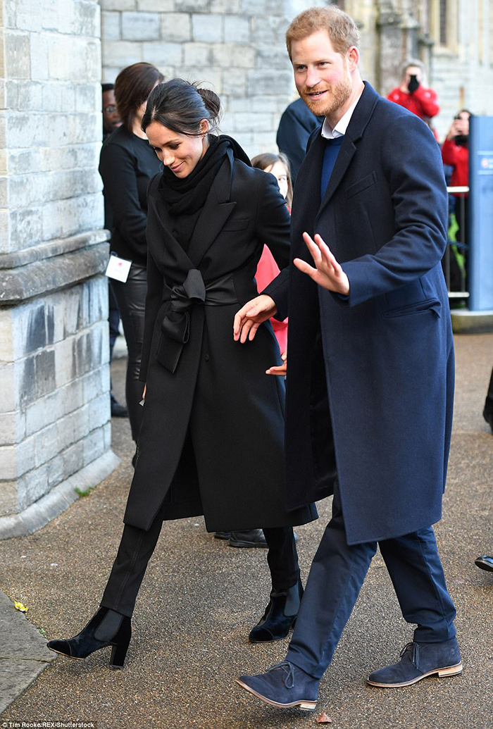 Meghan Markle Chelsea ankle boots style