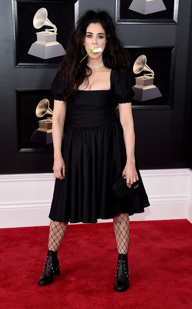 sarah-silverman-shoes-2018-grammys