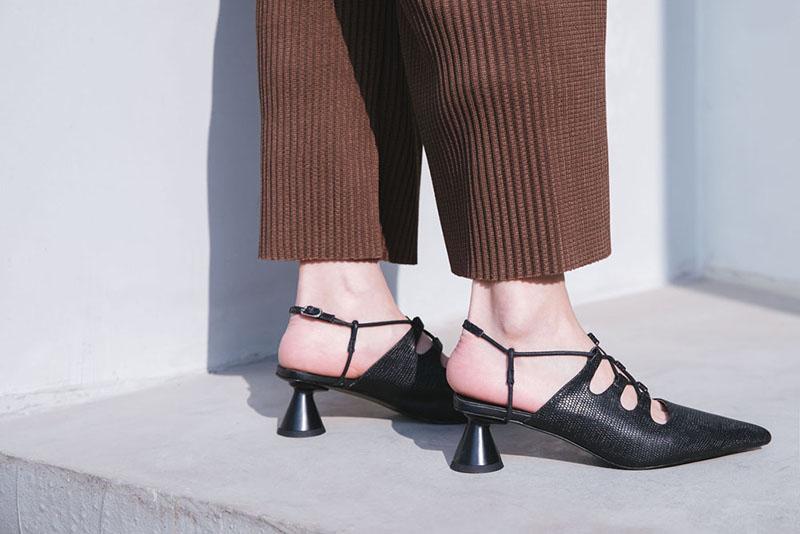 Spring 2018 kitten heel slingback shoe trend