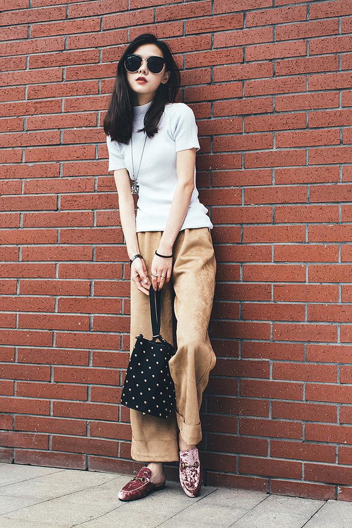 Chiko Fukayna Velvet Mule Flats