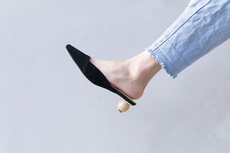 Mule shoes trend summer 2018
