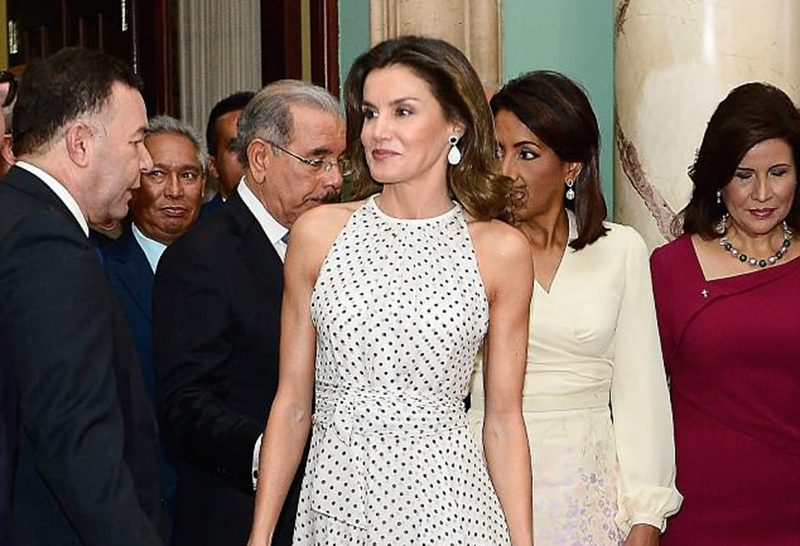 Clear PVC shoe trend spanish queen letizia