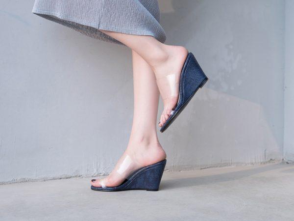 Summer shoe trend wedge espadrille slides sandals