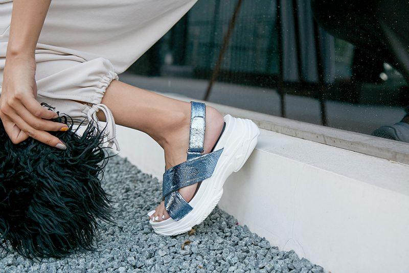 metallic-shoe-trend-styles